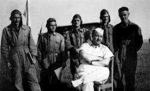 LOPP 12 kpt. pil.Adam Prodan i uczestnicy kursu pilotazu