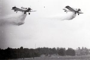 011 (2) samoloty PZL Dromader