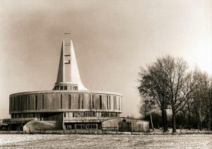 Budowa kościoła pw. NMP
