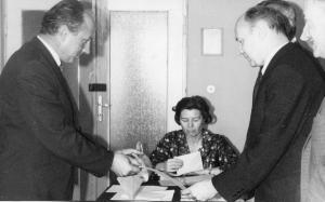 img008 p. Tomaszkiewicz (z lewej) dyr. ZST